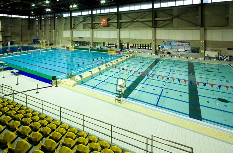 piscine montr al lounge On centre claude robillard horaire piscine
